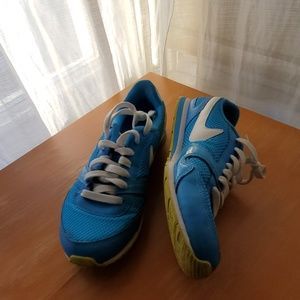 Pre-owned Women's Nike sneakers (blue)